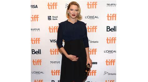 lea seydoux enceinte de qui photos l 233 a seydoux enceinte elle attend son premier