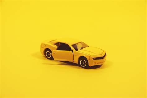 Gelbes Auto Spiel by 1000 Gelbes Auto Fotos 183 Pexels 183 Kostenlose Stock Fotos