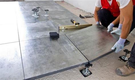posatore piastrelle la posa in opera pavimenti pavimentazioni posa dei