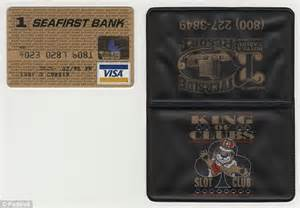 To Auction Kurts Stuff by Kurt Cobain S Signed Visa Credit Card Up For Auction