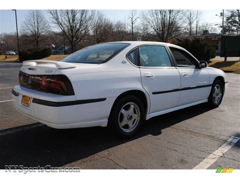 Brightest Ls by 2000 Chevrolet Impala Ls In Bright White Photo 6 253400