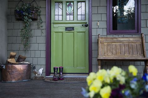 feng shui tips  choosing house exterior color