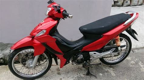 Stripingstickerlis Motor Suzuki Smash Titan 2011 suzuki smash 115 parts scowling for sale used philippines