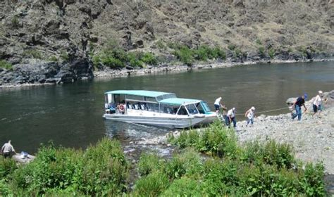 boat launch clarkston wa it looks tranquil picture of beamers hells canyon tours