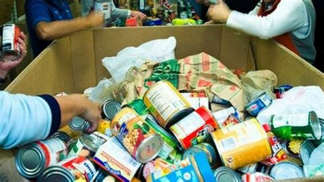 el banco de alimentos reparte los  kilos de alimentos recogidos sermalaga hora