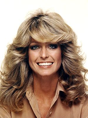 famous hairstyles in the 70s get her look farrah fawcett hair beauty bombshells