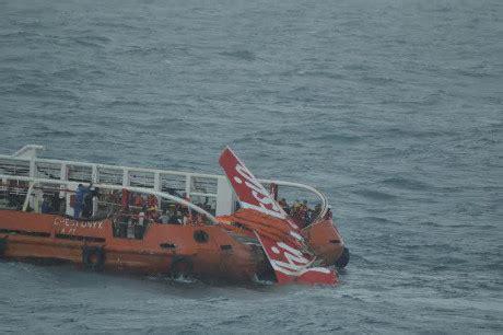 detik qz8501 detik detik ekor airasia qz8501 diangkat ke kapal crest