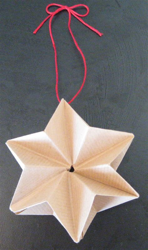 Folded Paper Decorations - diy origami decorations the beat that my skipped