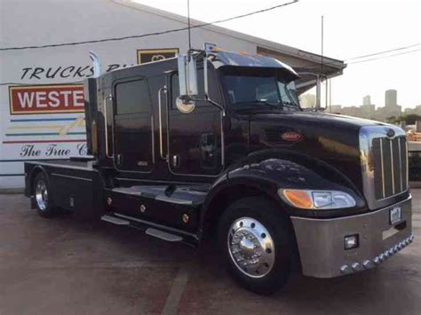 Custom Amp Semi Custom peterbilt 335 2006 medium trucks