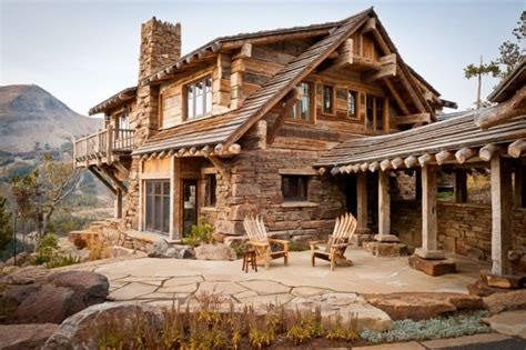 The Cabin Club by A Unique Experience And A Astonishing View At Yellowstone