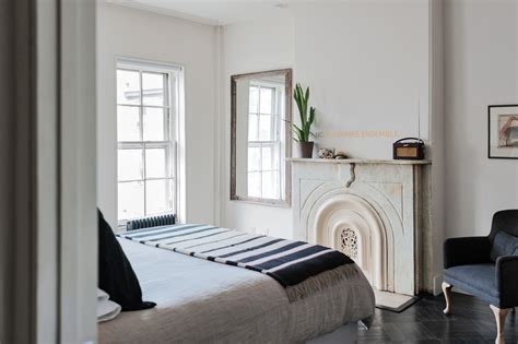 what is considered a small bedroom expert advice 11 tips for making a room look bigger