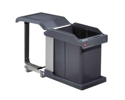 la poubelle sous 233 vier un v 233 ritable atout en cuisine