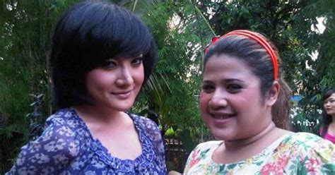 berita artis hari ini oktavita gosip artis indonesia hari ini berita selebritis terbaru