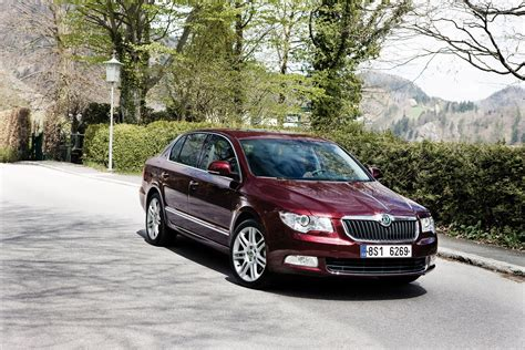 skoda superb is now available with 1 6 tdi cr