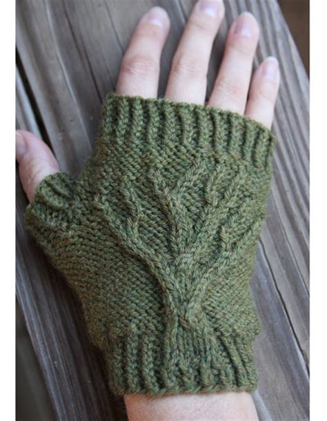 how to knit a tree tree of fingerless gloves knitting patterns and