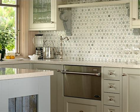 cottage kitchen backsplash 1000 images about richardson s cottage on