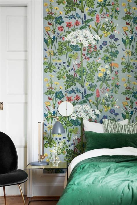 green wallpaper for bedroom best 25 floral wallpapers ideas on watercolor