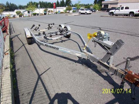 roadrunner boat trailers 1997 19 22ft road runner 4500lb galvanized boat trailer