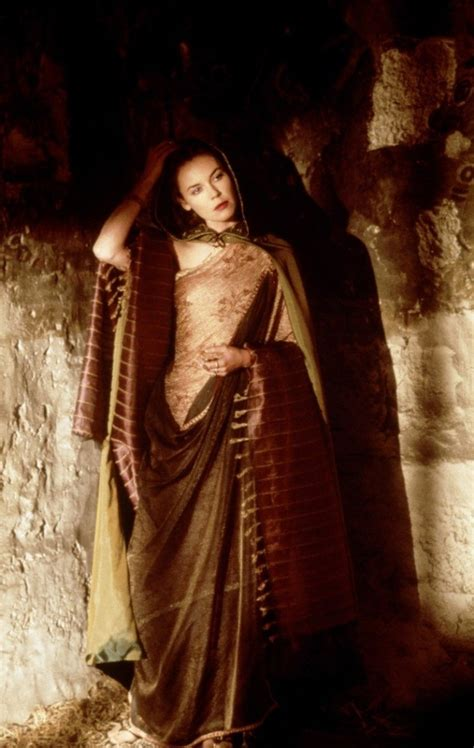 gladiator film costumes connie nielsen is wonder woman s momma