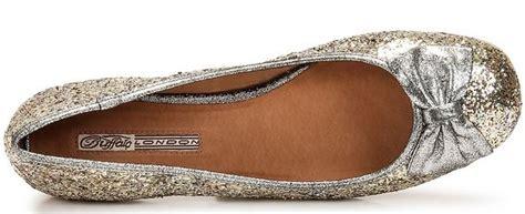 Sepatu Balet Glitter trend alerts sepatu beraksen pita ninneta
