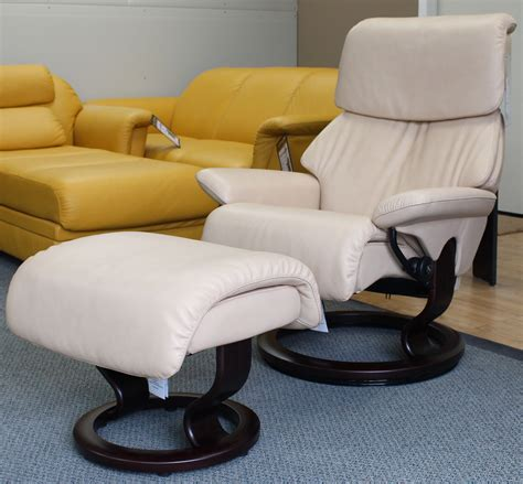 stressless dream recliner stressless dream medium cori passion leather by ekornes
