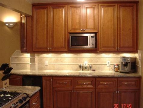 Coffee Maple Cabinets by Maple Coffee Glaze Cabinets Home Ideas