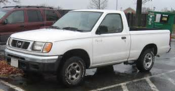 2000 nissan frontier spidercars