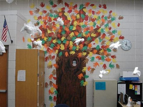hand tree door decoration 24 best images about office decorating ideas on thanksgiving decorating ideas and