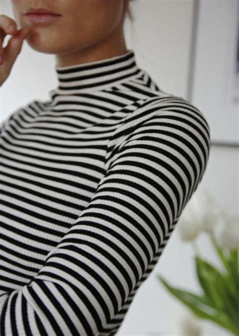 Turtle Neck Basic White M9140 best 25 striped turtleneck ideas on