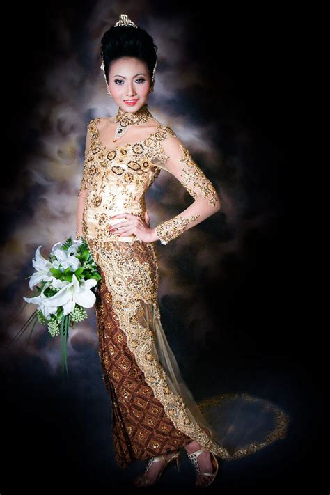 Kebaya Modern Fashionloly Dress Kebaya Indonesia Avantie