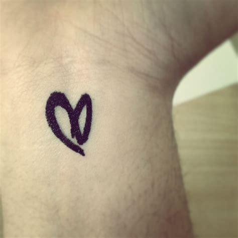 demi tattoos demi lovato tattoos piercings