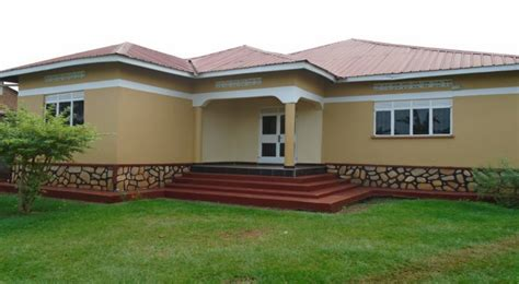 house for rent in jinja njeru 4 bedrooms 2 bath