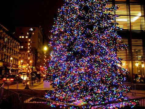 grand rapids michigan christmas tree i love michigan