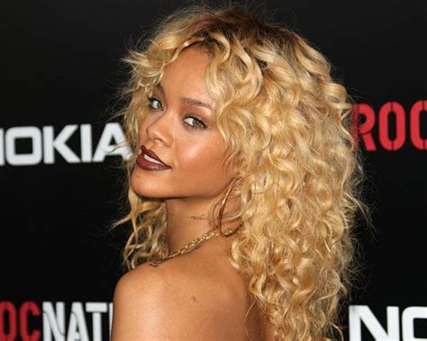 slodive celebrity hair 25 best ideas about layered curly hairstyles on pinterest