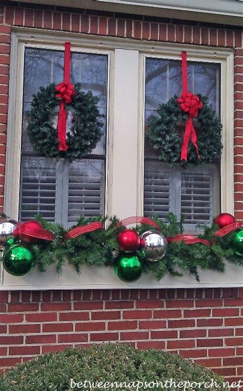 window spraysnowglo christmas windowdecoration window decorations on windows fall window decorations and