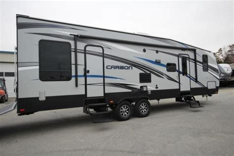 travel trailer with garage 2015 keystone carbon 32 toy hauler travel trailer 20ft