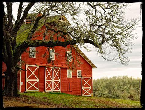 barn landscape rural photos larson photography
