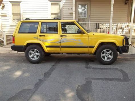 yellow jeep 4 door find used 2001 jeep se sport utility 4 door 4 0l