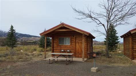 cabin in sandcreek rv park parking is right in front