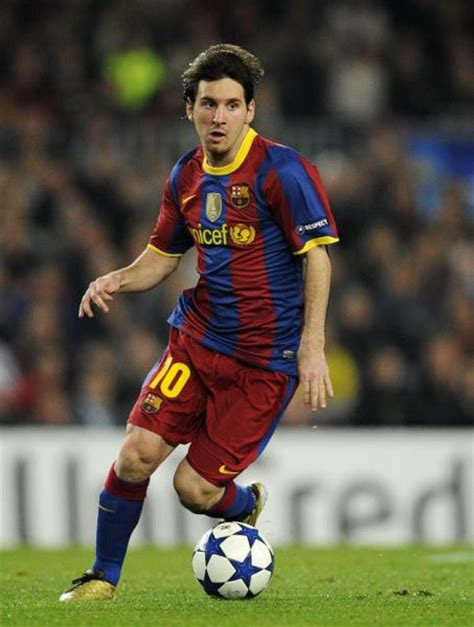 biography messi footballer football player s biography 7 lionel messi