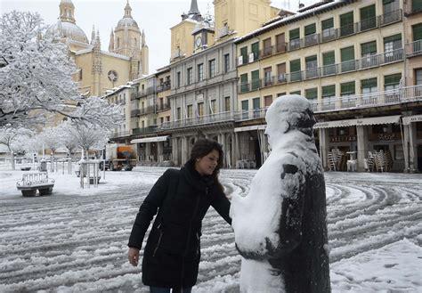 fotos invierno madrid un s 225 bado marcado por la nieve y la lluvia pone en alerta