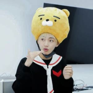 kim taehyung yellow icons kawaii kim taehyung tumblr