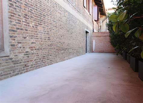 pavimento cementizio lino tagliapietra maestro vetro pavimenti in