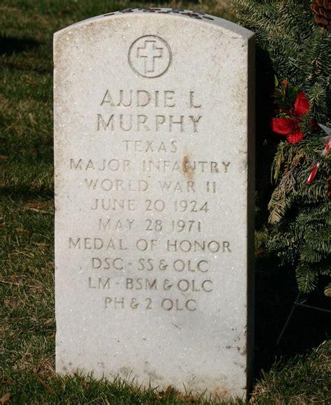 what happened to audie murphy audie murphy grave heros