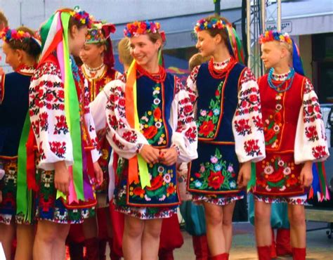 common threads a cultural history of clothing in american catholicism books file ukrainian jpg wikimedia commons