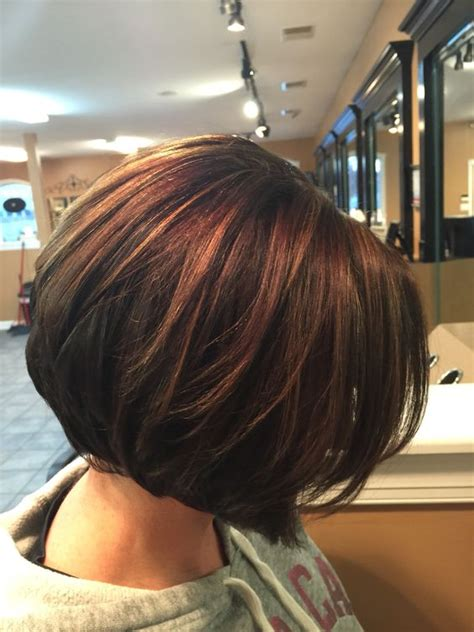 car mal highlight on wavy bob hair cut chocolate brown hair with red highlights 2017 2018