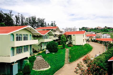 hotel room booking in ooty la flora amberley resort ooty udagamandalam india booking