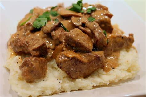 cook in dine out traditional beef stroganoff