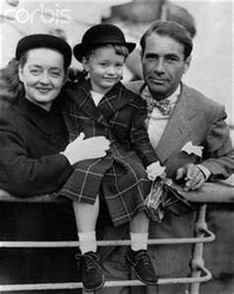 bette davis 1908 1989 husband gary merrill 1915 bette davis 1908 1989 with her adopted daughter