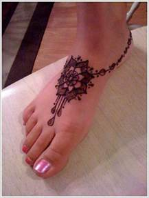 design ideas for 6 foot 3 foot and 75 henna tattoos that will get your creative juices flowing